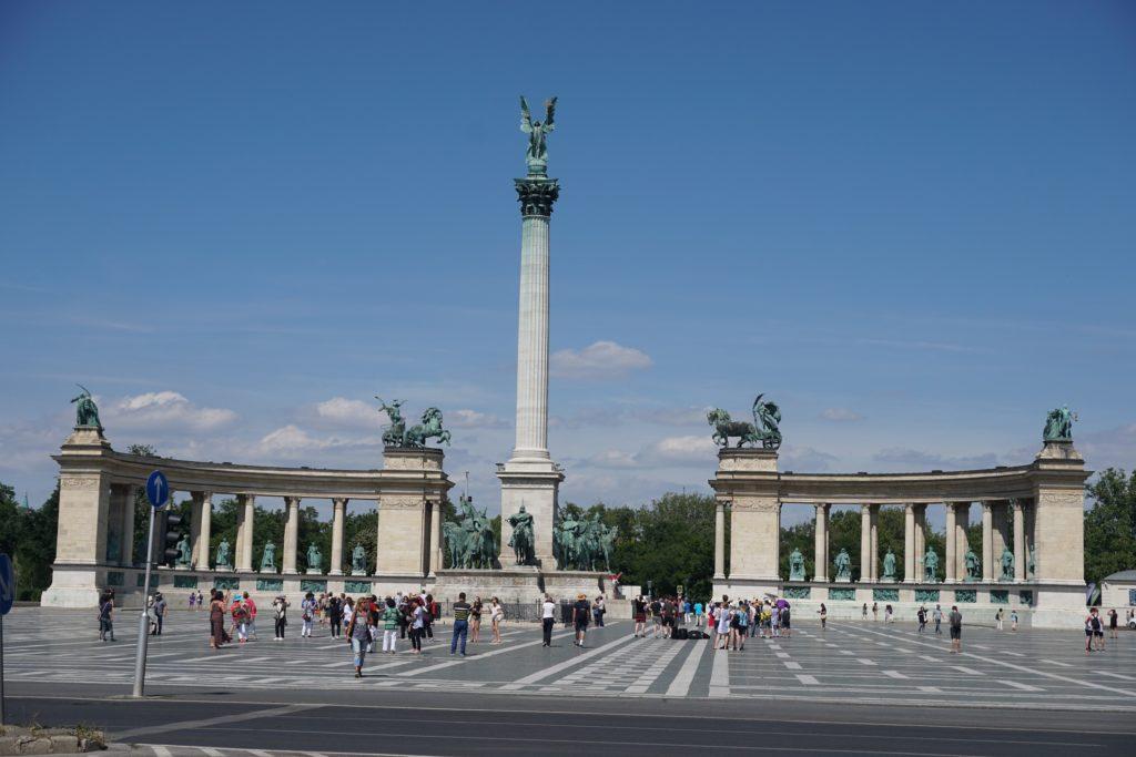 monument du millenaire budapest