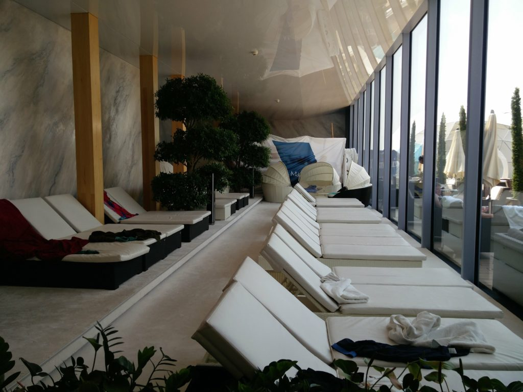 therme bucuresti elysium deckchair