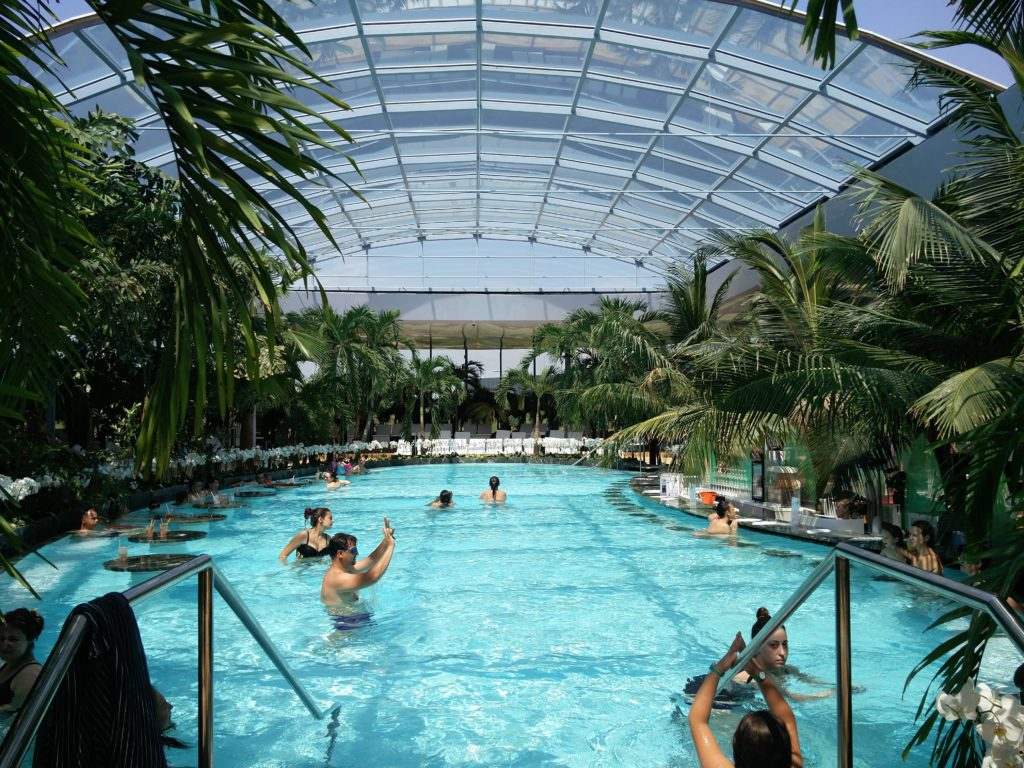 therme bucuresti indoor pool