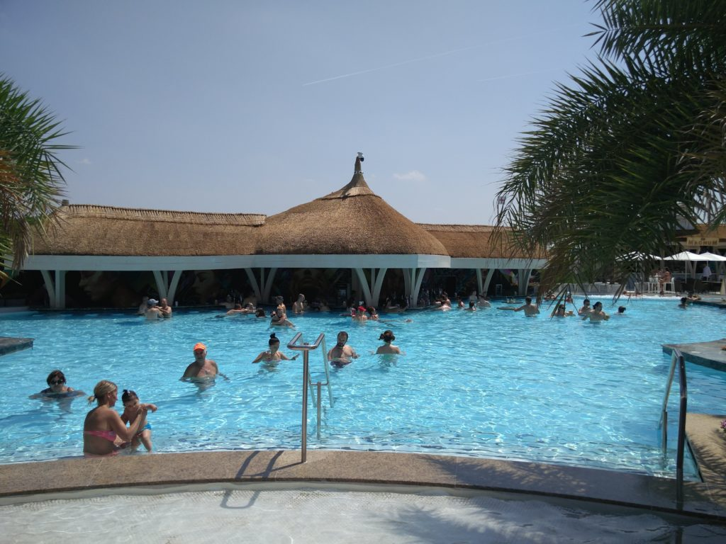 therme bucuresti outdoor pool