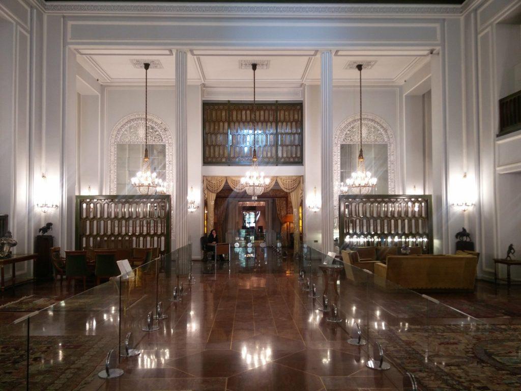 palais de niavaran iran