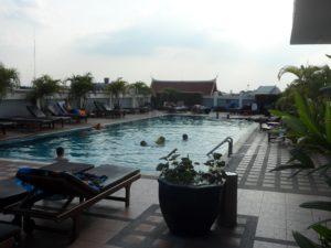 piscine auberge de jeunesse bangkok