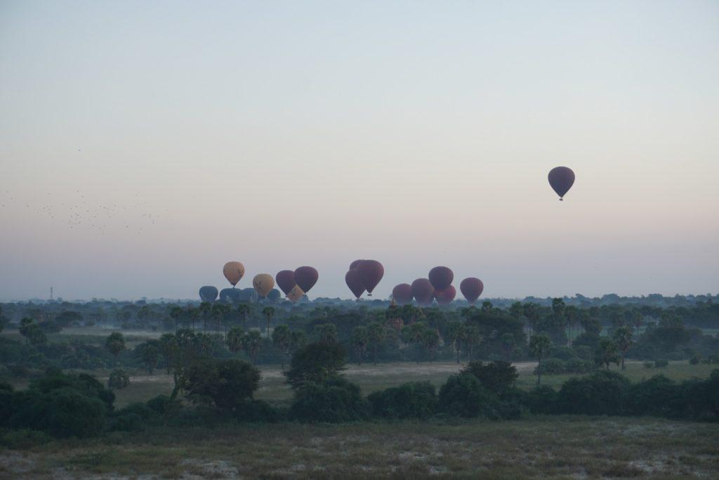 montgolfieres bagan