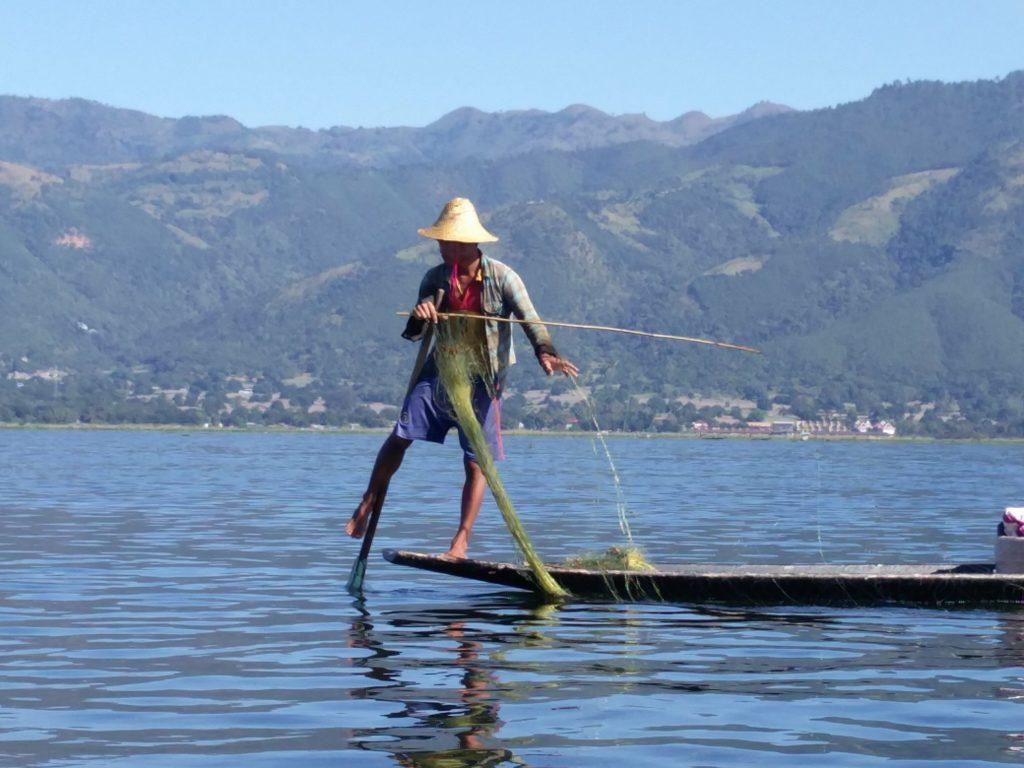 intha inle lake