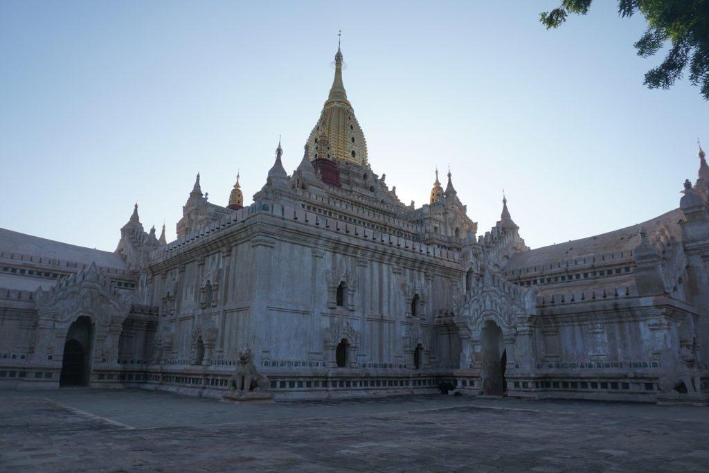 temple ananda bagan