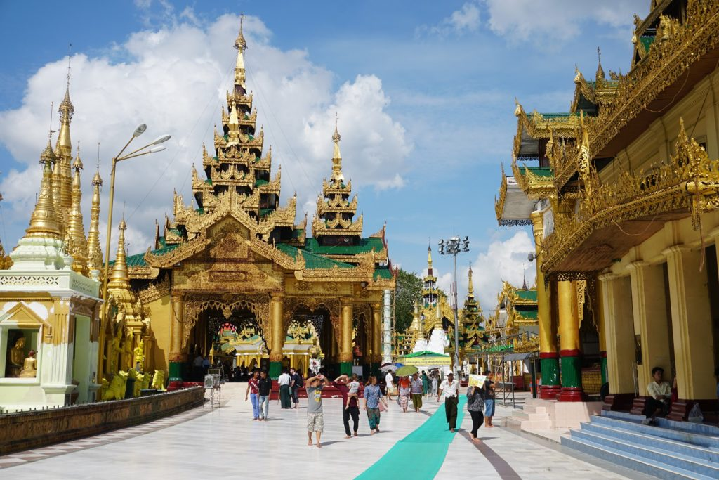 pagode shwedagon rangoon birmanie