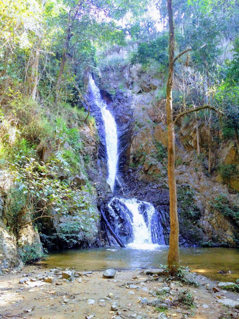 Mae Yen Waterfall pai thailand