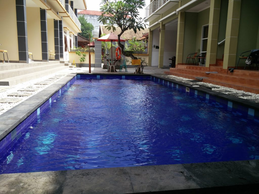 swimming pool kuta bali