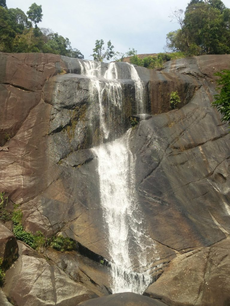 seven wells waterfall langkawi