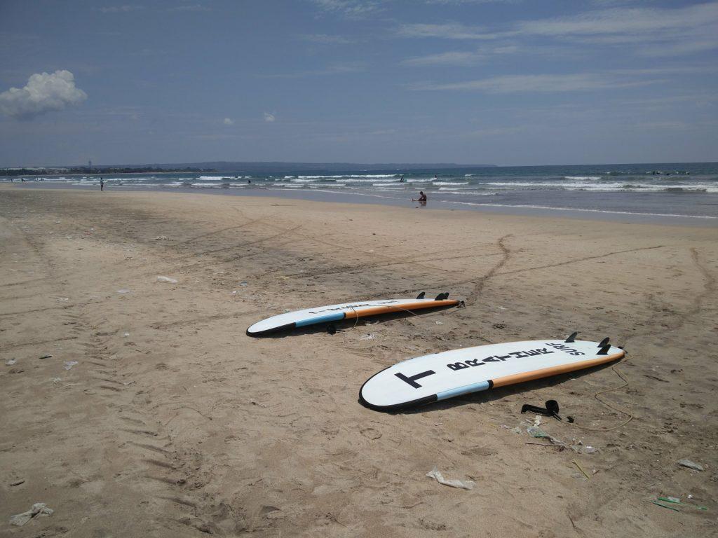 surf kuta bali