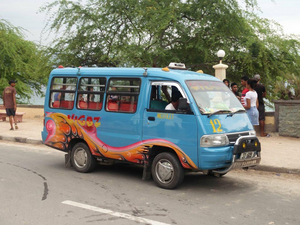minivan dili timor oriental