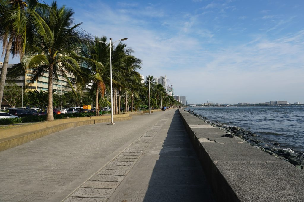 manila baywalk manille