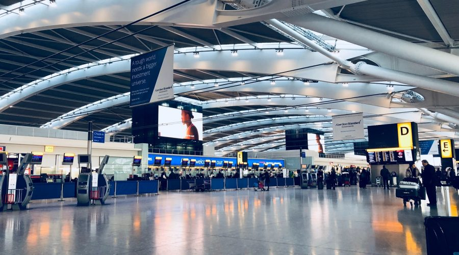 Denied entry at the airport : what to do?