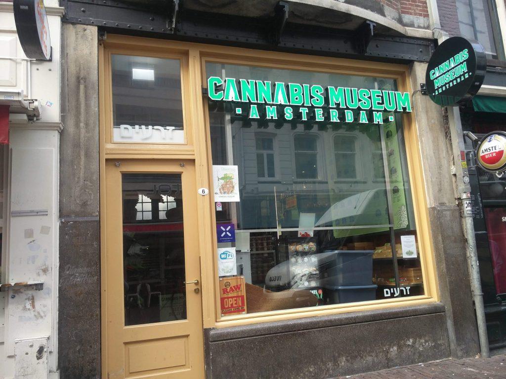 musée du cannabis amsterdam
