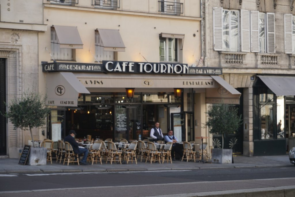 café tournon paris noir
