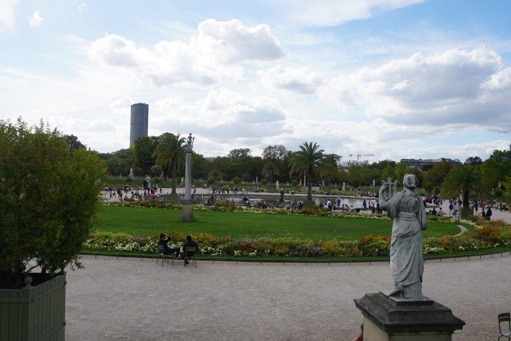 jardin du luxembourg paris noir