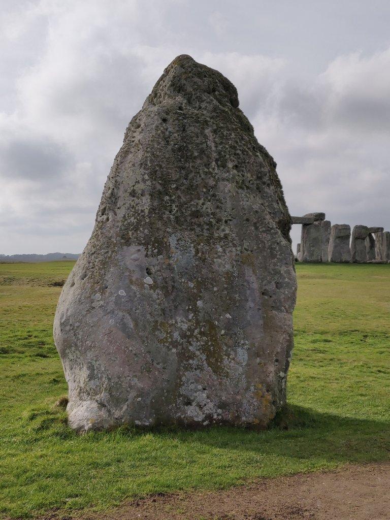 heel stone stonehenge