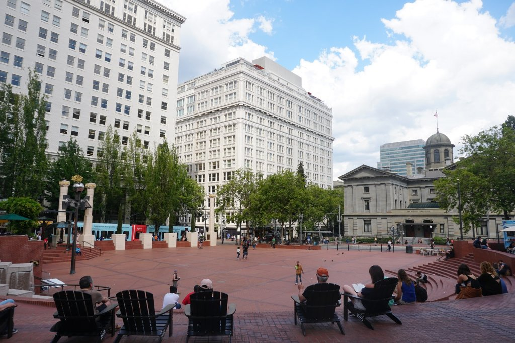 pioneer courthouse square portland