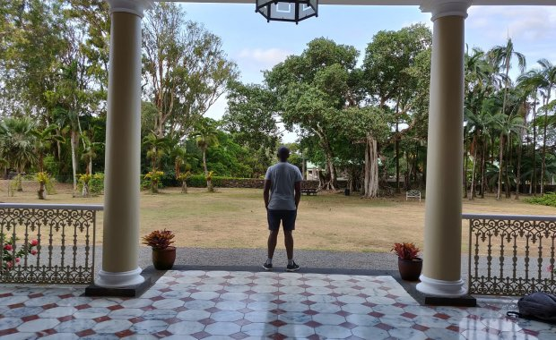 mauritius traveling alone