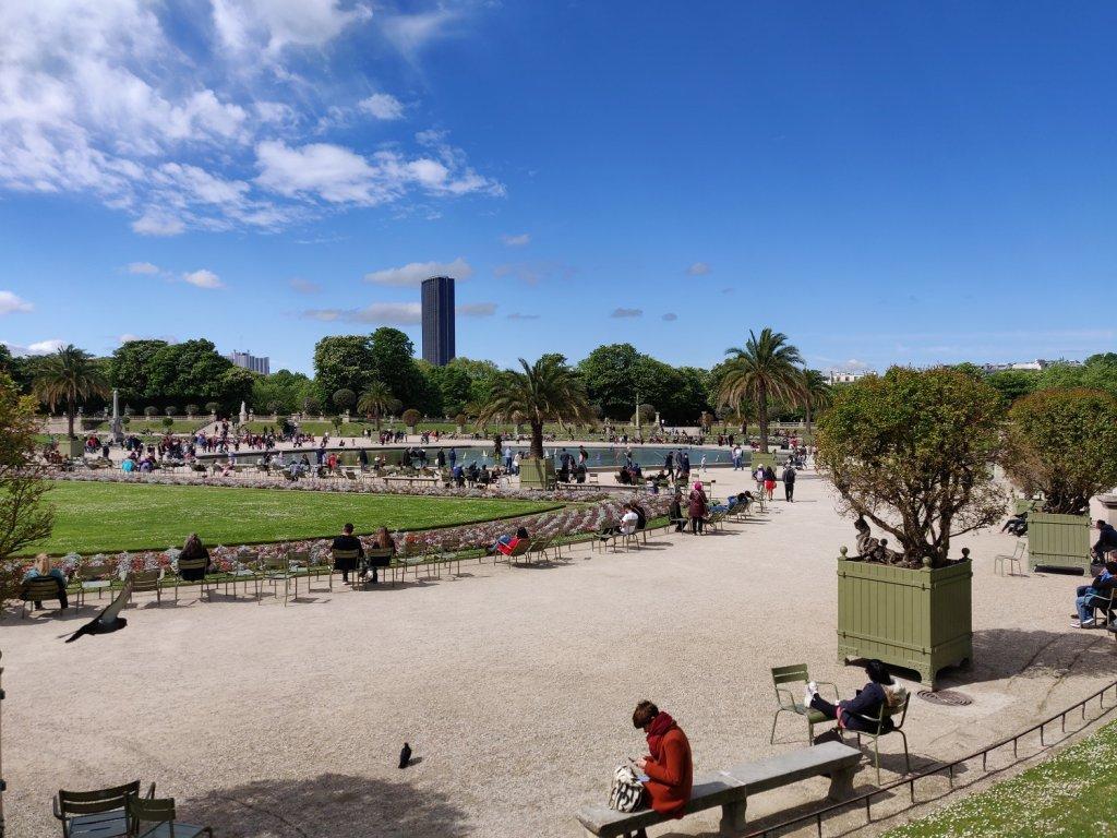 the tuileries garden paris